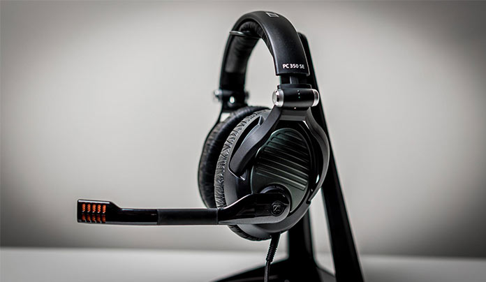 best gaming headsets 2018 best for pc ps4 and xbox one. Black Bedroom Furniture Sets. Home Design Ideas